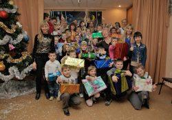Благотворительная помощь к Новому году