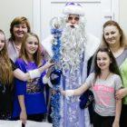 Дед Мороз поздравил детей в больнице