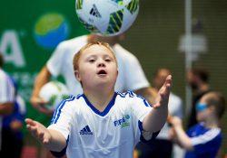 В Нижегородской области детей с синдромом Дауна хотят собрать в футбольную команду