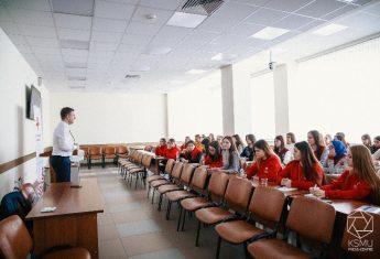 Волонтёрам-медикам Приволжского федерального округа рассказали о движении KAZAN VOLUNTEERS